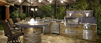 outdoor kitchen decorating ideas using light brown outdoor