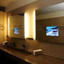 badezimmer spiegel mit built in tv geräten seura