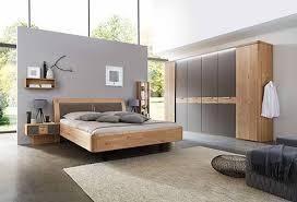 naturgesundes schlafen in massivholz schlafzimmer