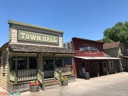 Calico Ghost Town Halloween by Ghost Town Alive Makes A Triumphant Return To Knott U0027s Berry Farm