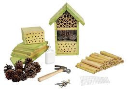 Attracting Insects To Your Garden by How To Design A Bug Hotel To Attract Beneficial Insects U0026 Bees