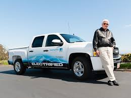 100 Help Truck Bob Lutz To Develop AllElectric Pickup With From China