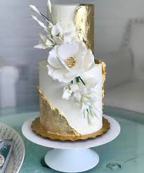2225 best Gilded Cakes images on Pinterest