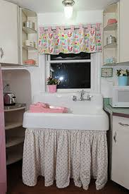 Farmhouse Kitchen Sink For A Retro
