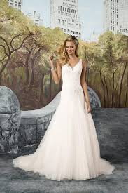 8912 wedding dress from justin alexander hitched co uk