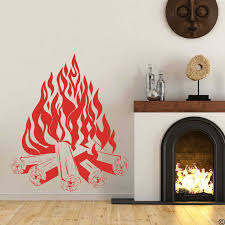 große lagerfeuer lagerfeuer cing feuer kamin wand
