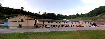 American Elite Inn Hazard Kentucky KY Hotels Motels Accommodations ... Ramada Inn North Columbus Oh See Discounts Truck Surf Hotel Motorhome Hotel Chases Surf And Sleeps You Next El Paso Hotels In East Tx Bio Vista Motel Wainwright Canada Bookingcom Amenities Wickliffe Fairbridge Suites Cleveland Quality Inn Updated 2018 Prices Reviews Forrest City Ar Wattle Grove Aus Best Price Guarantee Lastminute Comfort Bwi Airport Baltimore Md Americas Value College Station