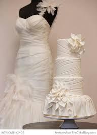 143 best wedding dress cakes images on Pinterest