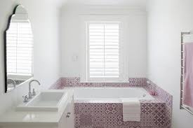 Bathroom Tile Colors 2017 by Small Bathroom Tiles Old Design Trends Making Their Comeback
