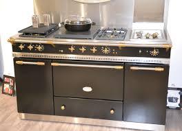 piano de cuisine lacanche lacanche citeaux range in the stunning kitchen of mimithorisson