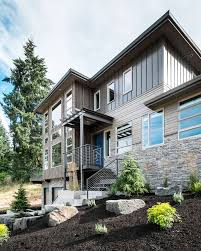 Luxurious Multi-Level House: Crest Meadows Residence By Jordan ... Savannah Ii Home Design Plan Ohio Multi Level Floor Homes For Sale Multilevel Goodness Modern With A Dash Of Mediterrean Dazzle Roanoke Reef Floating A In Seattle Best 25 Split Level Exterior Ideas On Pinterest Inoutdoor Garden House El Salvador Fabulous Multilevel Victorian Townhouse Renovation In Ldon Plans 85832 Trail Green Melbournes Suburb Courtyard By Deforest Architects Living Room