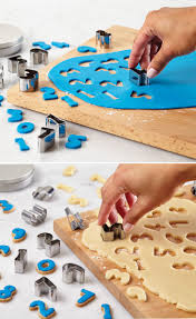 Michaels Cake Decorating Set by 26 Best Cake Tools Images On Pinterest Bakeries Cake Pans And