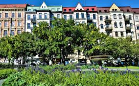 100 Apartments In Gothenburg Sweden Vasastanvasaplatsenswedenhouse Free Photo From