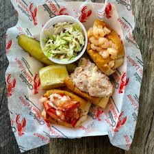 100 Cousins Maine Lobster Truck Menu Why You Should Give Food Truck A Try 614NOW