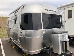 100 Airstream Flying Cloud 19 For Sale 2009 FLYING CLOUD BAMBI Middleton WI RVtrader