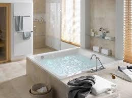 badewanne mit whirlpool prickelnde entspannung für zu
