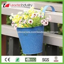 China Decorative Rustic Metal Hanging Flower Pots For Balcony And Fence Decoration