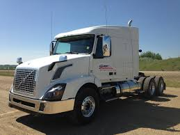100 Truck Volvo For Sale 2015 White VNX 630 FN911773 Best Stop Service