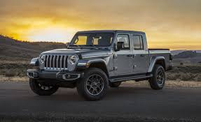 100 4 Door Jeep Truck 2020 Gladiator Pickup JT A WranglerBased MidSize