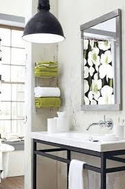 regal für handtücher im badezimmer 38 fotos ein holzregal