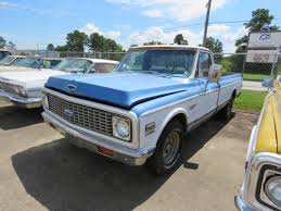 100 Car And Truck Auctions Approx 125 Collector S And Parts At Auction The Barn