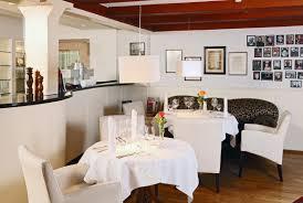 neuhaus restaurant arrangements