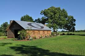 The Barn Landscape - Design Home Ideas Pictures - Homecolors ... Gallery Barn Weddings And Outdoor Weddings Ky The At Cedar Grove Rustic Wedding The In Greensburg Kentucky Sam Will Are Married Sunlit Moments A Vintage Blazing Quilt Trail Tahoe Quarterly Cedar Grove Georgia