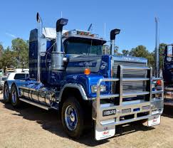 100 Mack Trucks Macungie MACK SUPERLINER MkII PrimeMover Australia