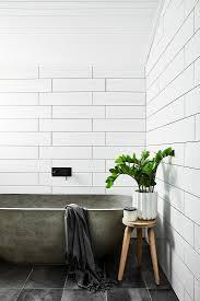 badewanne aus beton und hocker mit bild kaufen
