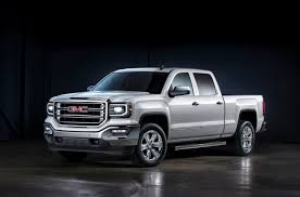 2017 GMC Sierra Vs. 2017 Ram 1500: Compare Trucks