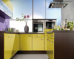 Colorful Kitchen Design With Simple Cabinet