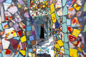 california mosaic house is a homage to two artists