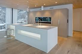 cuisine avec coin repas îlot central cuisine avec coin repas et coin détente confortable se