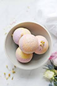 Best DIY Bath Bombs For Spa Day At Home