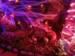 Halloween 2 1981 Online Castellano by Houston Home Outdoes Neighbors With Epic Halloween Skeletal
