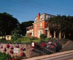 Book Greystone Manor Inn B&B