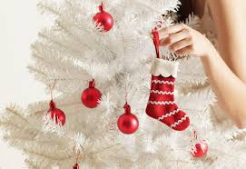 Interior Decorator Salary Per Year by Start A Holiday Decorating Home Business