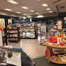 Barnes & Noble Booksellers 133 s & 31 Reviews Bookstores