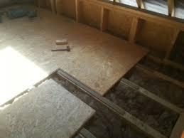 poser des dalles de plancher sur un solivage en bois reussir ses