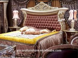 neueste italienische royal barock stil klassische luxus holz carving schlafzimmer möbel designs buy holz carving schlafzimmer möbel klassische luxus