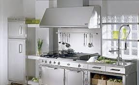 produit nettoyant inox cuisine entretien des objets en inox acier chrome