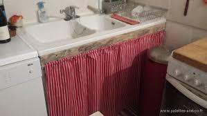 tringle rideau cuisine comment aménager un meuble sous évier basique à moindre frais