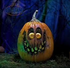 Gizmo Pumpkin Pattern Free by Villafane Studios Home