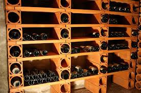 range bouteille en brique casier à vin