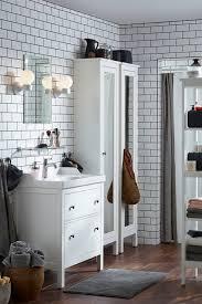 bathroom cabinets linen storage badkamer huis architecten