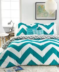 CLOSEOUT Chevron Teal 5 Piece Full Queen forter Set Bed in a