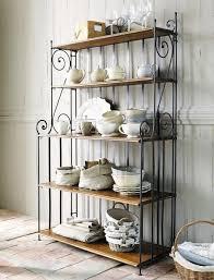étagère en fer forgé pour cuisine étagère en fer forgé pour une déco pleine de caractère archzine fr