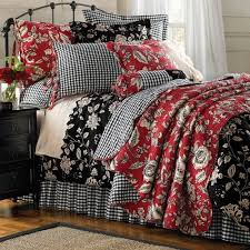 Decorated With Black White And Red Bedroom A Iron Bed This Color Scheme That Very Much Resembled
