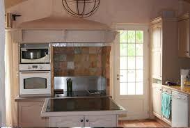 habillage de hotte de cuisine habillage mur cuisine maison design sibfa com