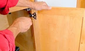 5 é pour dégarnir des armoires de cuisine trucs pratiques